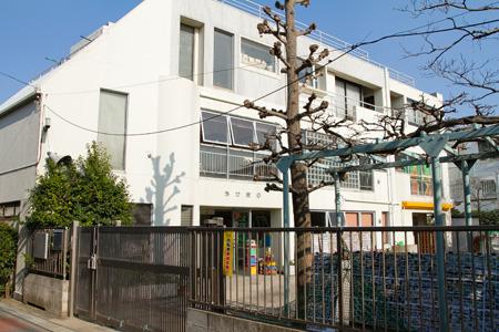 幼稚園:あけぼの幼稚園 700m