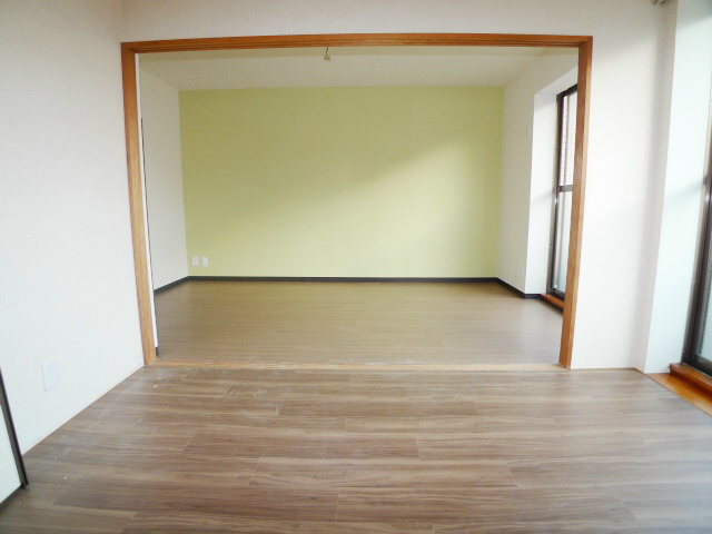 洋室2部屋を開いて利用可能♪
