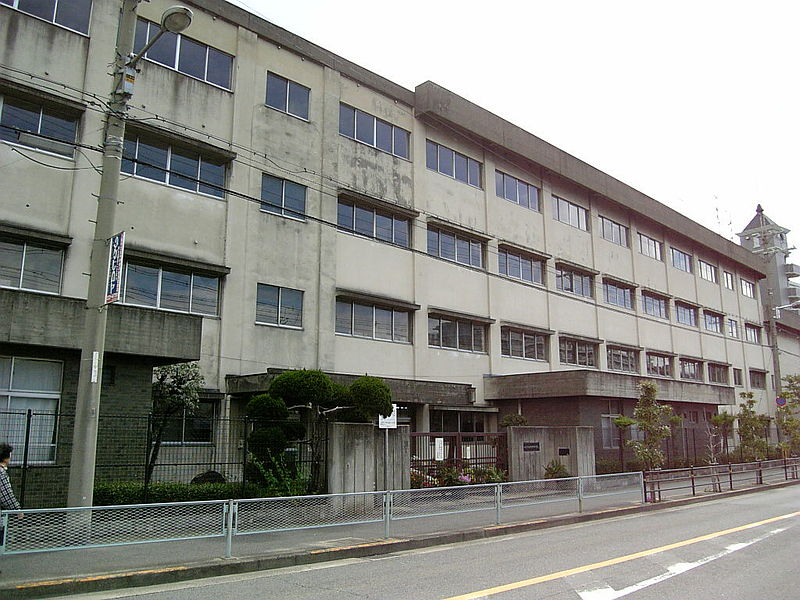中学校:八尾市立久宝寺中学校 1000m 近隣