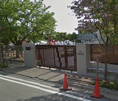 幼稚園:佐藤幼稚園 425m