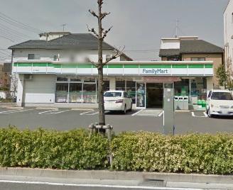 コンビ二:ファミリーマート 足立鹿浜店 739m