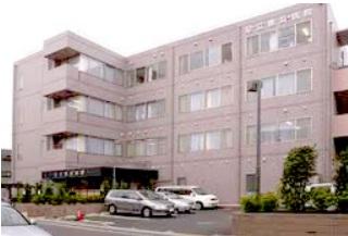 内科:足立鹿浜病院 594m