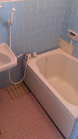 お風呂もキレイになってます。