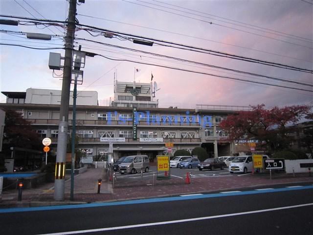 役所:長岡京市立総合交流センター 239m 近隣