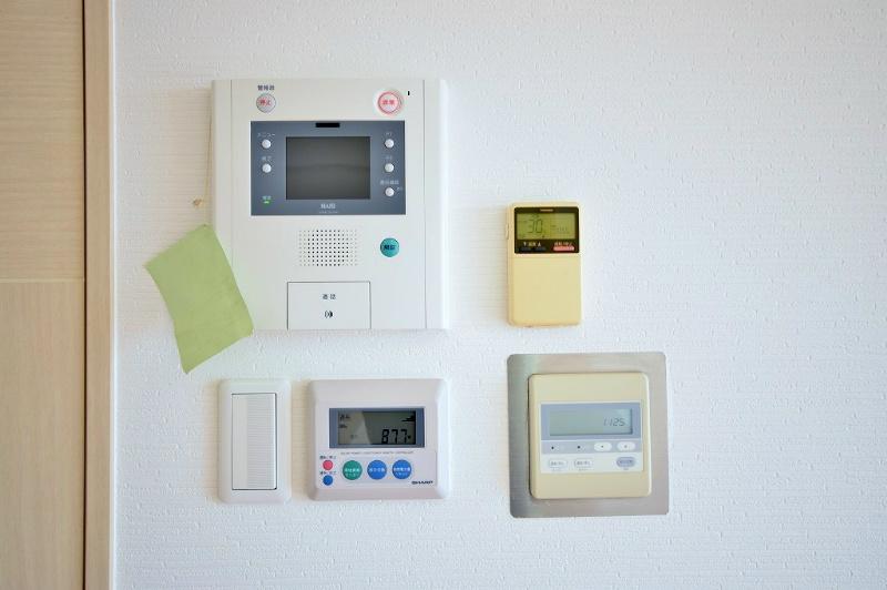 モニター付きインターホン、太陽光発電モニター等
