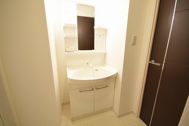 シャワー付洗面台 洗面・洗濯も浄水