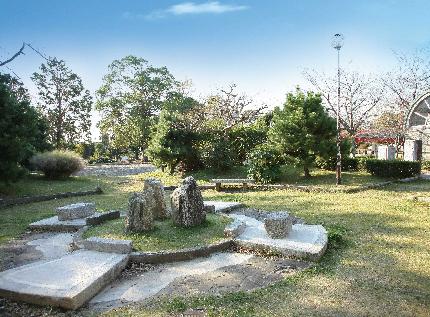公園:五社公園 240m