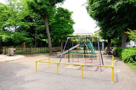公園:富士見台公園 200m