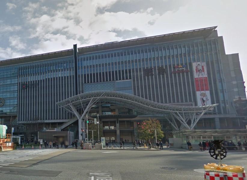 ショッピング施設:JR博多シティ アミュプラザ博多 1161m 近隣