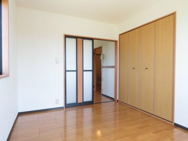 各部屋収納ございます。