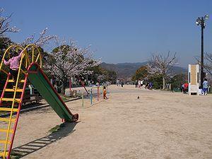公園:会下山公園 883m