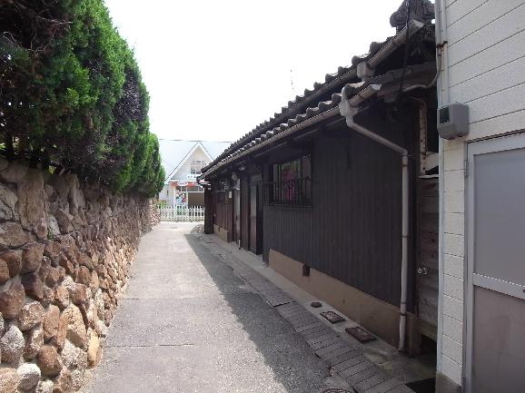 幼稚園:本山幼稚園 345m