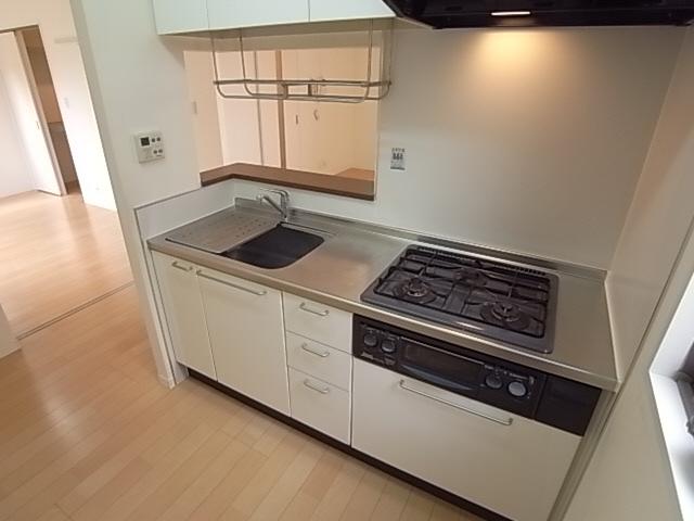 システムキッチン(ガス3口)