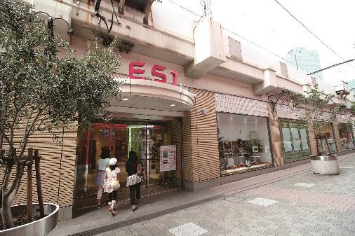 ショッピング施設:EST 364m