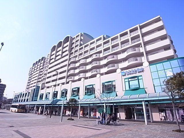 ショッピング施設:ウエステ垂水 563m