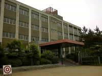 小学校:花山小学校 1644m 近隣