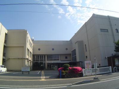 公共施設:東広島市公民館 300m 近隣