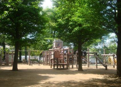 公園:東根公園 809m