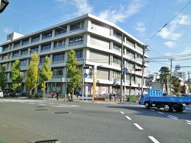 郵便局:目黒郵便局 650m