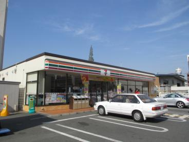 コンビ二:セブンイレブン 明石山下町店 479m