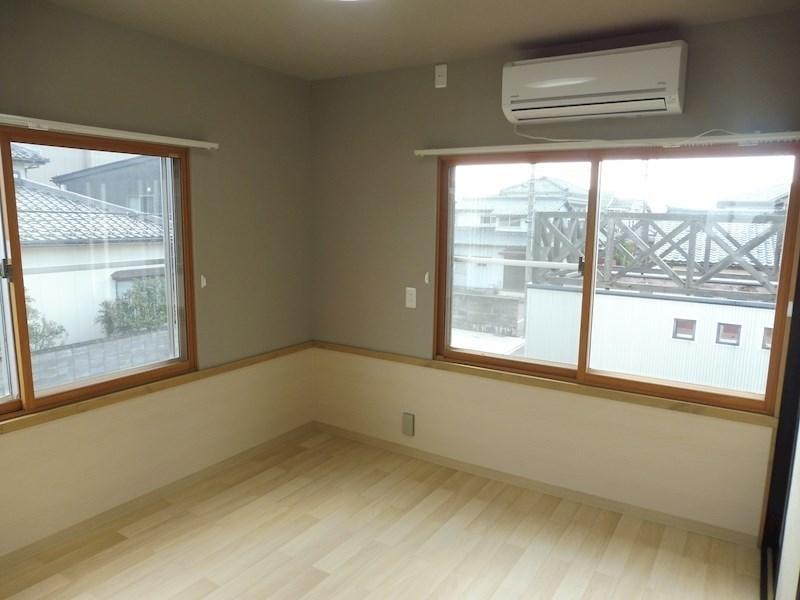 洋室4.5帖 こちらのお部屋にエアコンがあります。