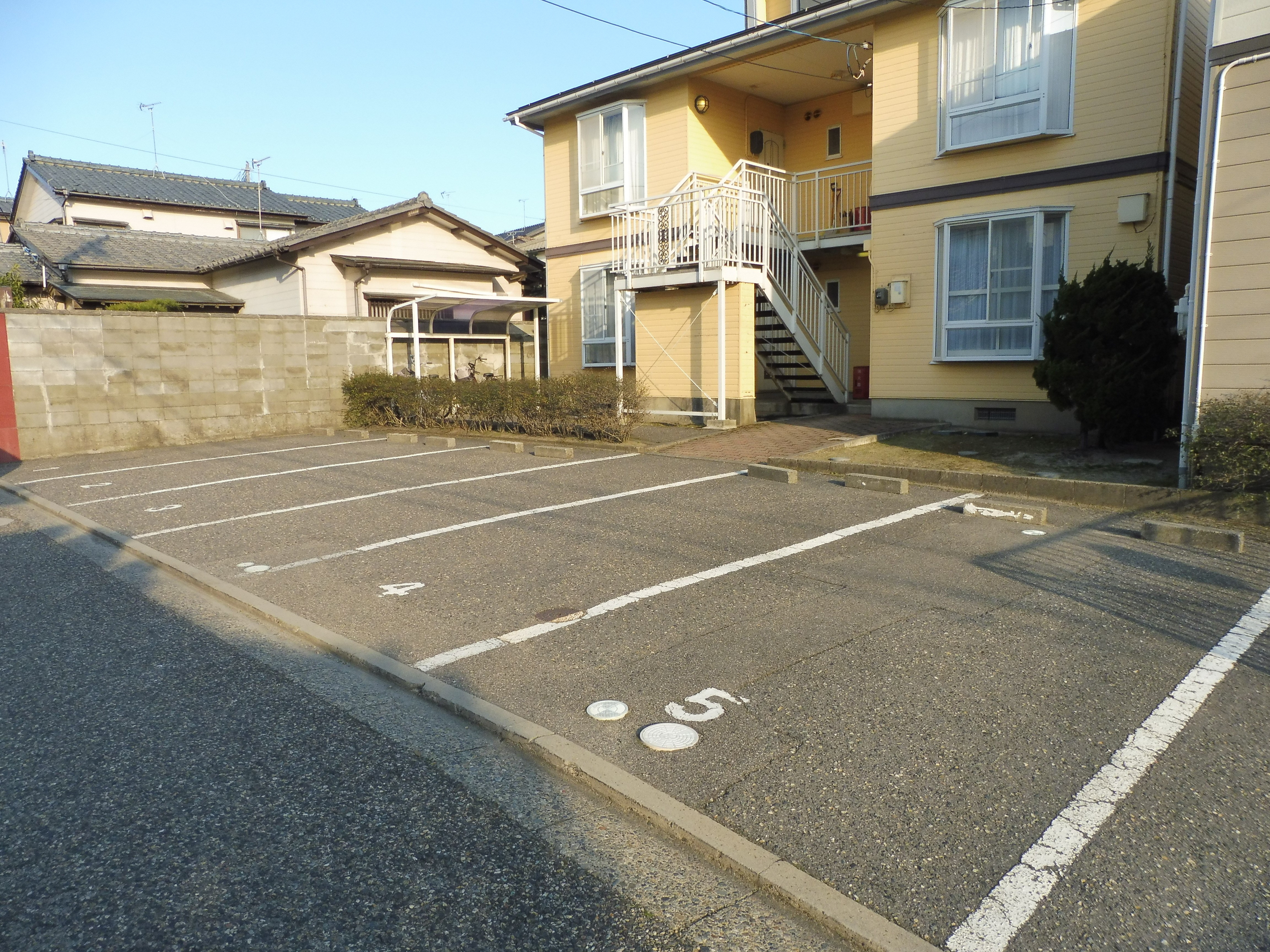 敷地内1台駐車可能です。