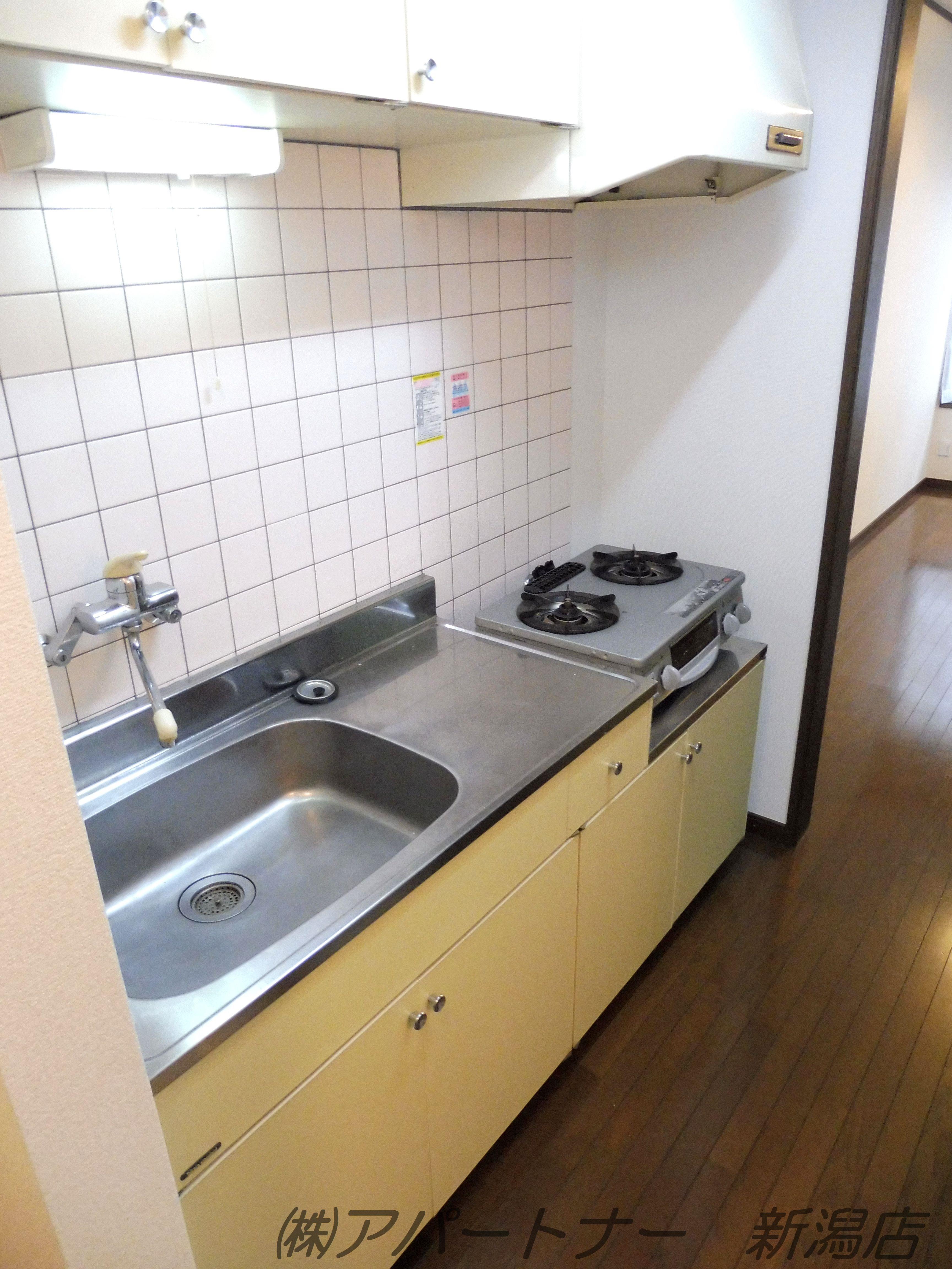 料理をする方におすすめの広めのキッチンです。