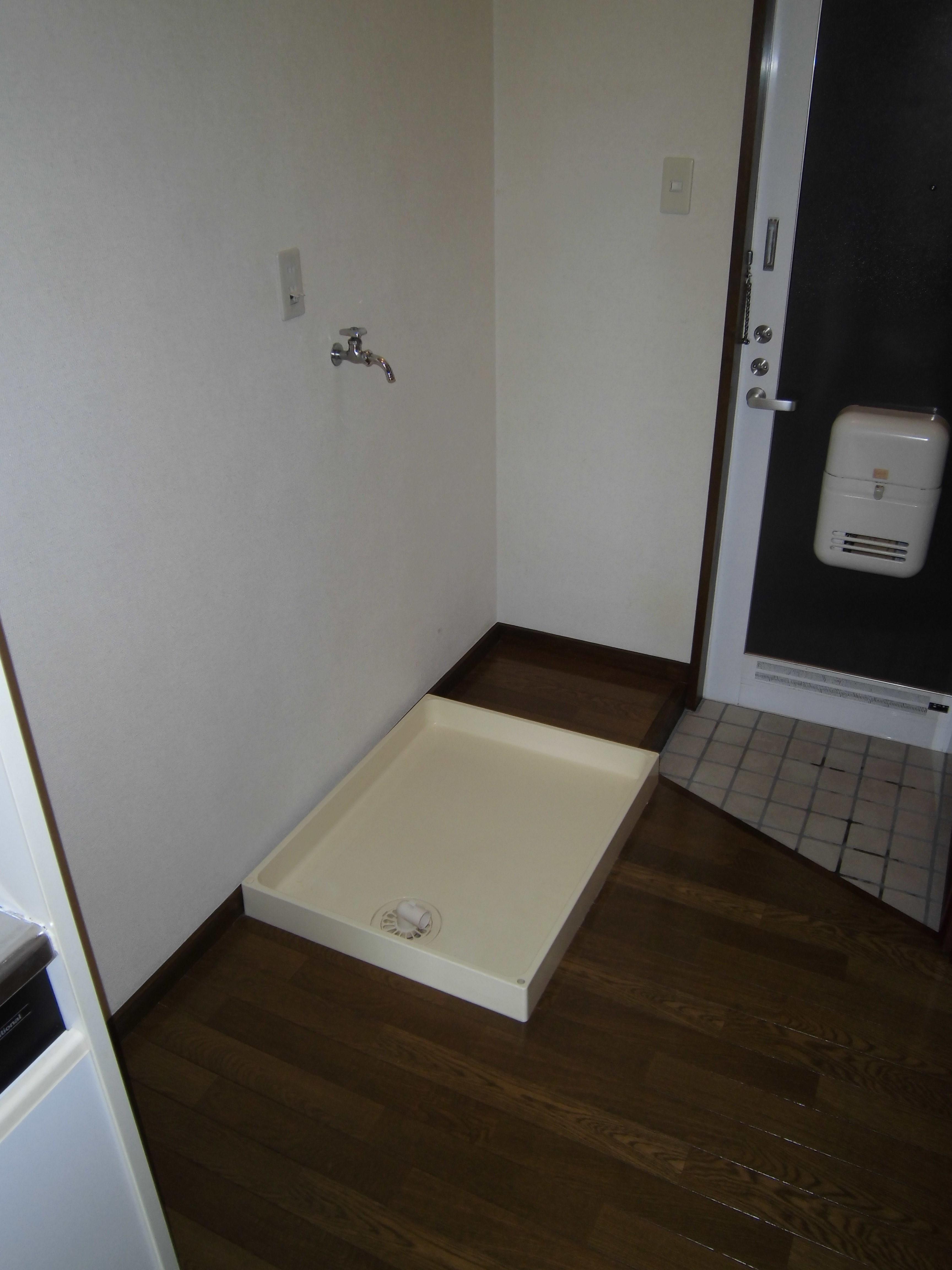 冷蔵庫・洗濯機置場