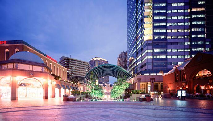 ショッピング施設:恵比寿ガーデンプレイス 230m