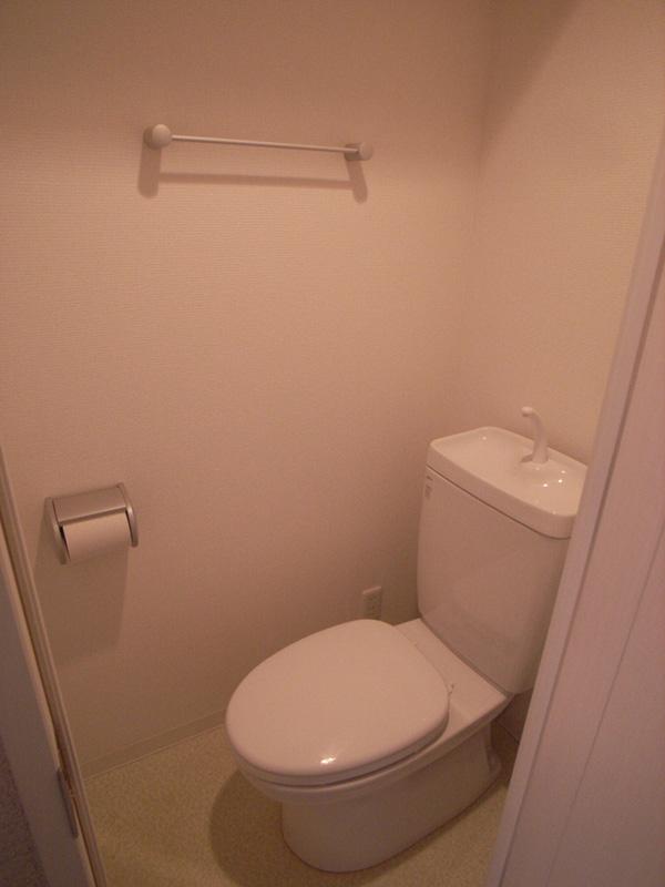 シンプルで使いやすいトイレ。