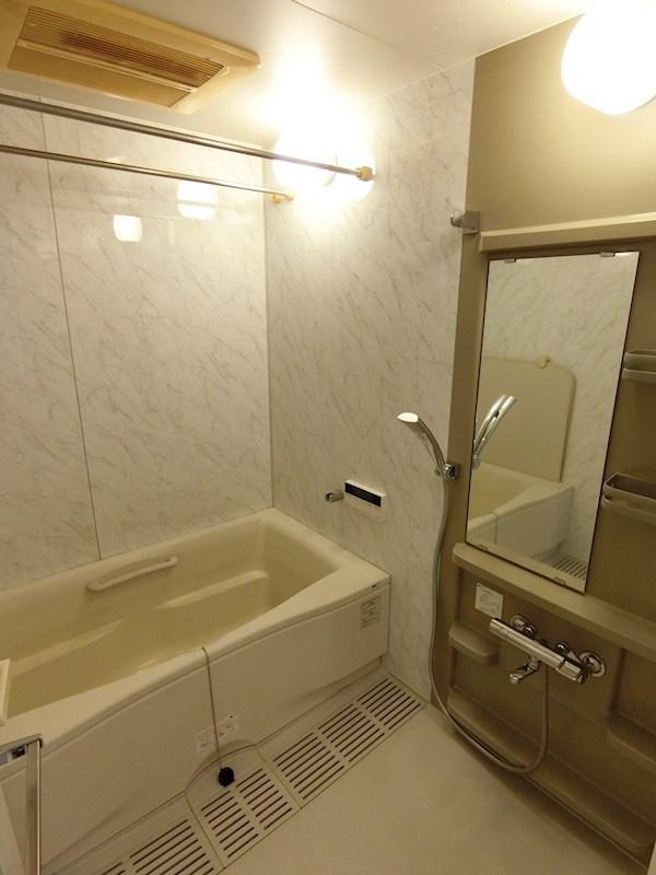 追い焚き・浴室乾燥・暖房つき