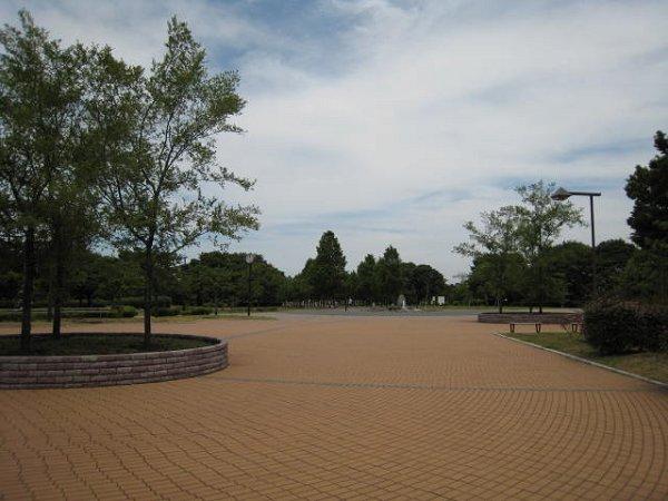 公園:舎人公園 771m