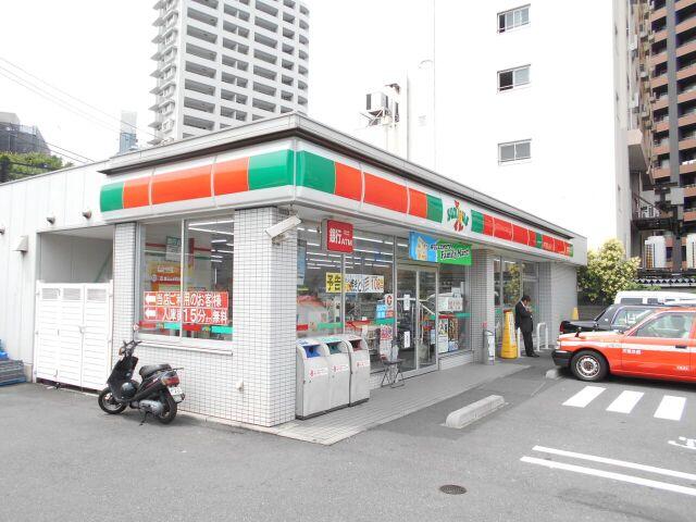 コンビ二:サンクス 品川平塚店 270m