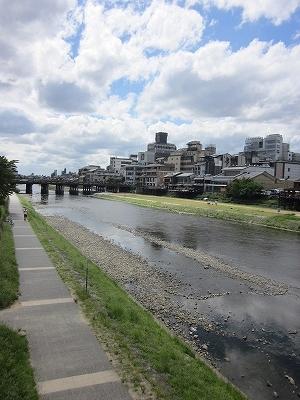 海または川:お休みの日は近くの鴨川でお散歩はいかがでしょうか。 187m