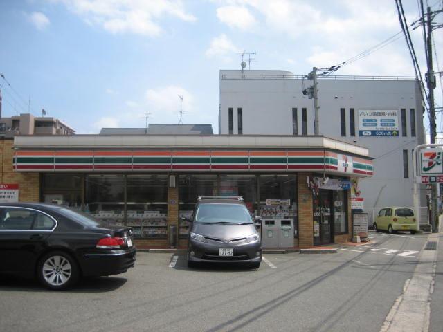 コンビ二:セブンイレブン 福岡飯倉6丁目店 378m 近隣