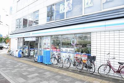 コンビ二:ローソン 千本北大路店 319m