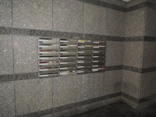 1Fメールボックス