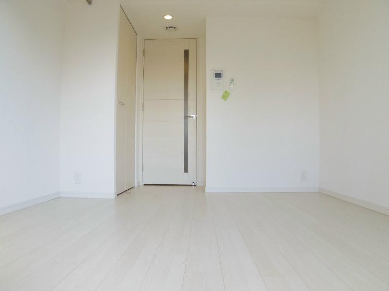 白ベースの明るいお部屋