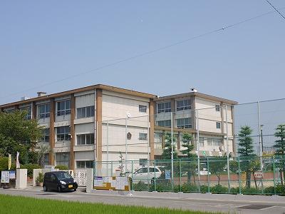 小学校:一宮市立今伊勢西小学校 604m