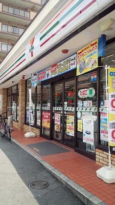 コンビ二:セブンイレブン 京都田中上古川町店 338m