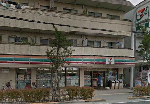 コンビ二:セブンイレブン 足立西新井五丁目店 455m