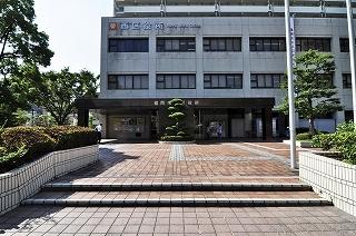役所:福岡市西区役所 40m