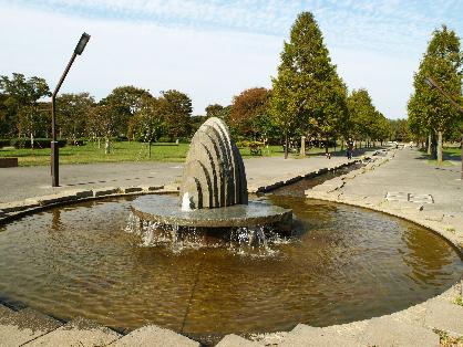 公園:舎人公園 810m