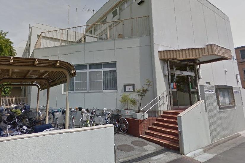 公共施設:西新井住区センター 685m