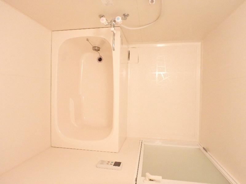 洗面台付きお風呂です