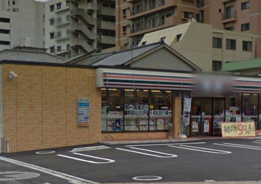 コンビ二:セブンイレブン 小倉香春口2丁目店 181m