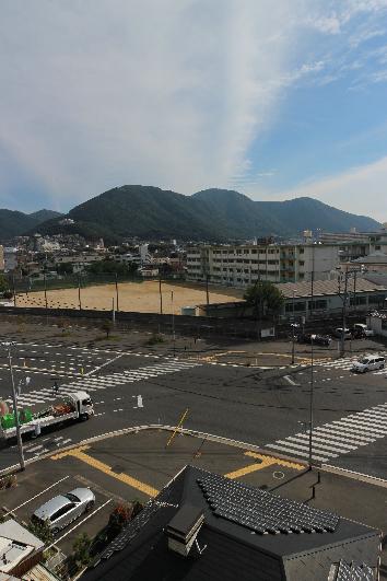 中学校:北九州市立菊陵中学校 336m