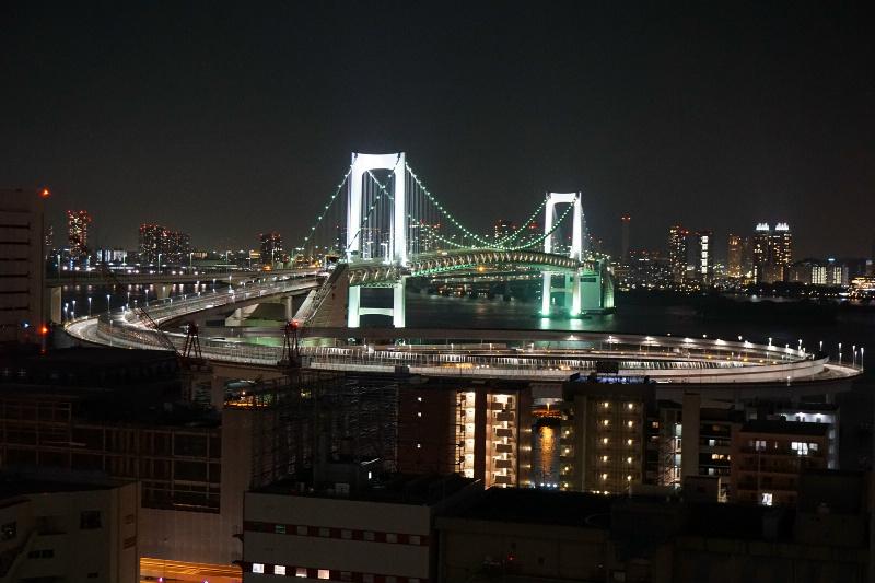 夜のレインボーブリッジは夜風と合います♪♪