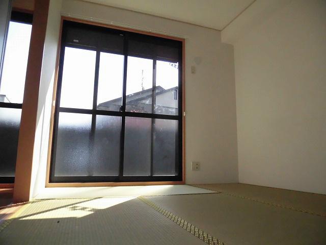和室別角度から撮影しました。