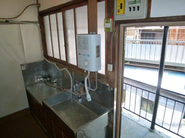 江戸川区東小岩2丁目松丸荘のキッチン
